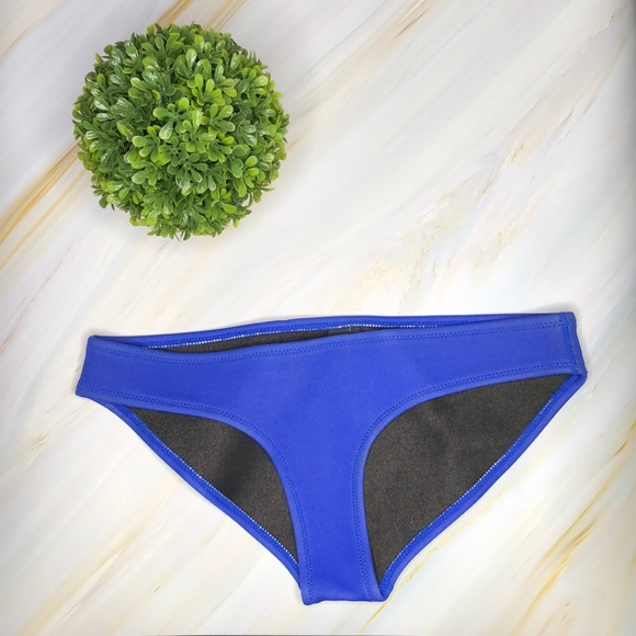 triangl swimwear Other - Triangl bottoms!